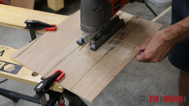 cutting out circle with ridgid jigsaw