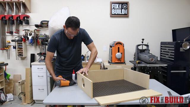 assembling sanding box