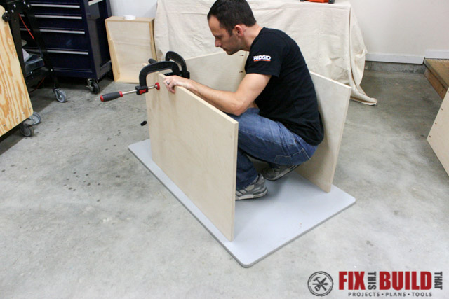 mobile miter saw stand top
