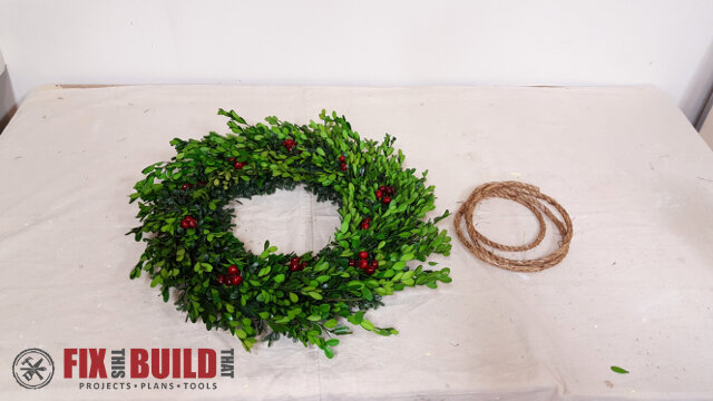 DIY Wreath Hanging Rail - 17