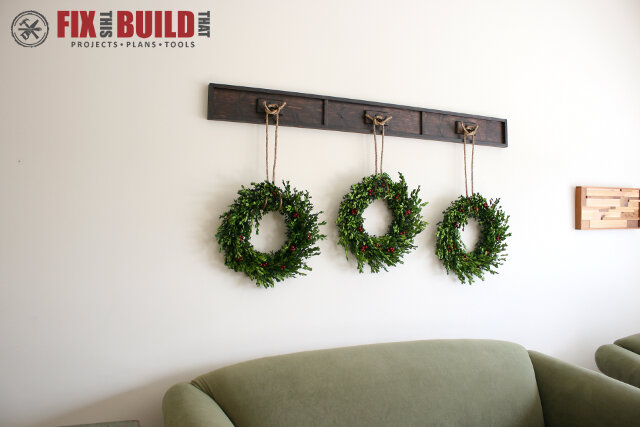 Wreath Display Rail - Fb3