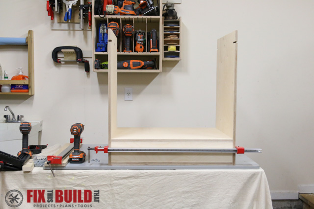 DIY Flip Top Tool Stand-12