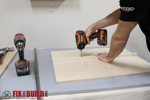 DIY Flip Top Tool Stand-14