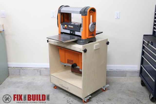 How to build a tool box stand