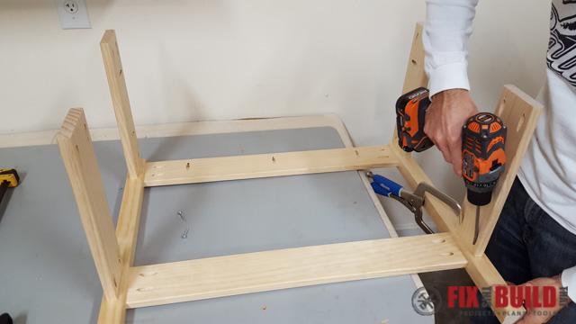 DIY Kids Workbench Attaching Stretchers