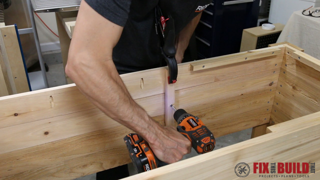 wooden ice chest assembly
