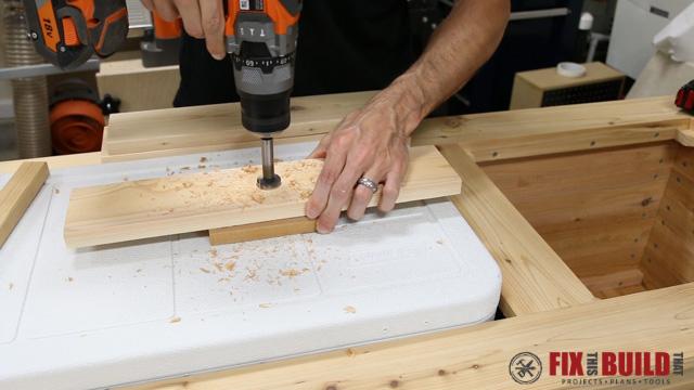 DIY Patio Cooler Grill Cart-31