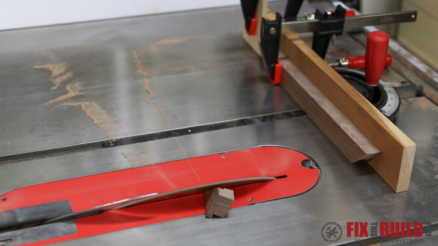 miter joints on the tablesaw sled