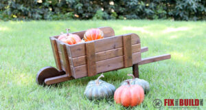 DIY Rustic Wheelbarrow