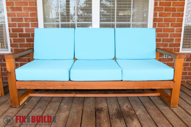 how to build a diy modern outdoor sofa fixthisbuildthat. Black Bedroom Furniture Sets. Home Design Ideas