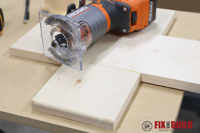 using 18v ridgid router on base