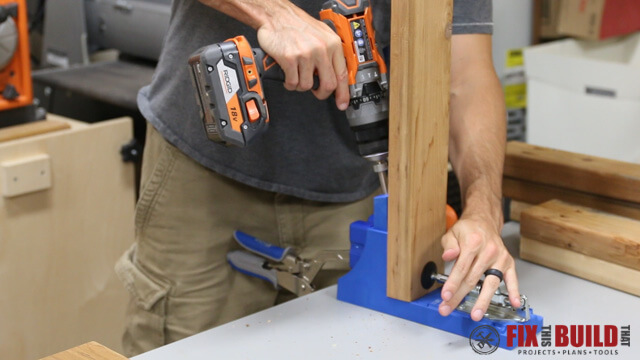 using kreg jig on outdoor coffee table parts