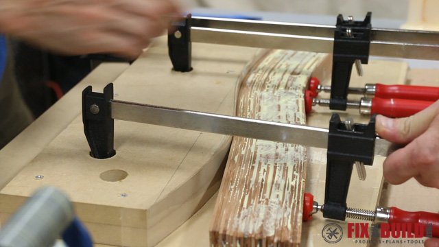 DIY Curved Cutting Board Bent Lamination glue up