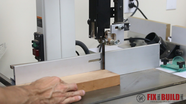 DIY Curved Cutting Board Milling Strips on Bandsaw