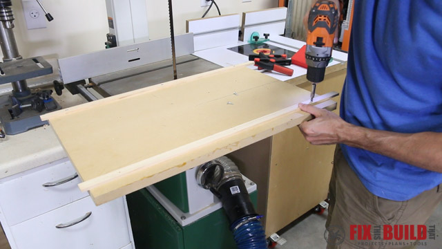Making a jig for cutting firewood into lumber on the bandsaw