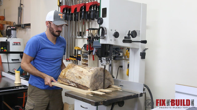 milling firewood into woodworking lumber using a bandsaw