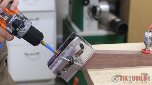 using a self centering dowel jig