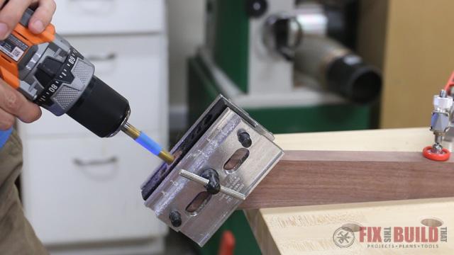 using a self centering dowel jig