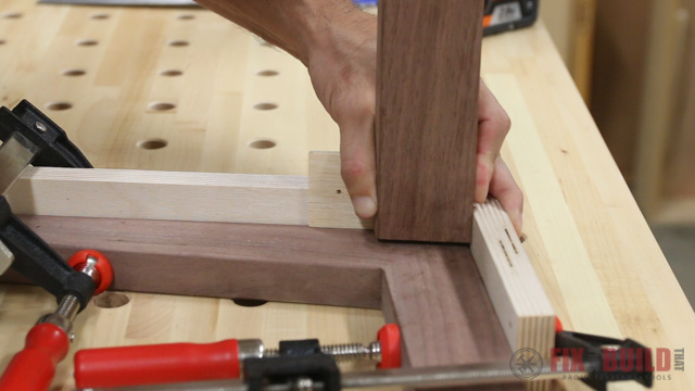 using dowel points to mark a joint