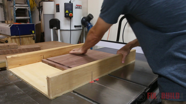 using a crosscut sled on the tablesaw
