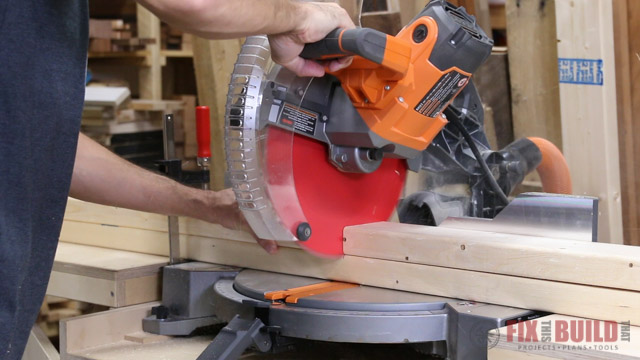 Cutting 2x4s with a miter saw