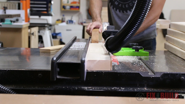 Getting a straight edge on 2x4s with the tablesaw