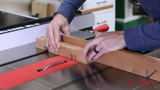 cutting half laps on a table saw with a dado blade