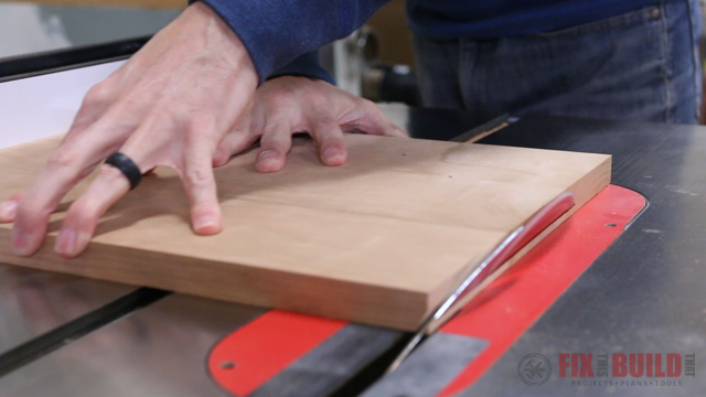 cutting a beveled top on the table saw