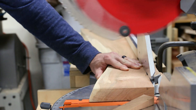 crosscutting live edge slabs