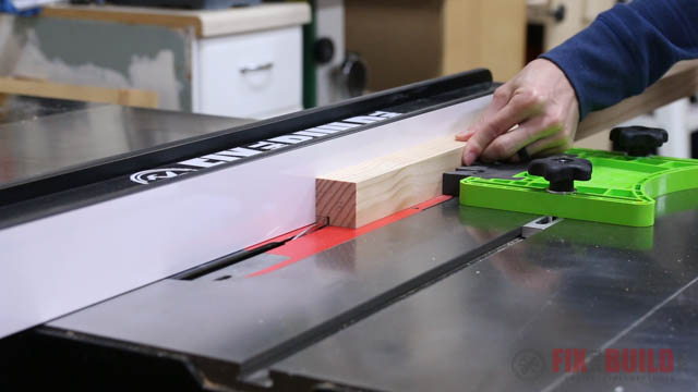 cutting rabbet joint on table saw
