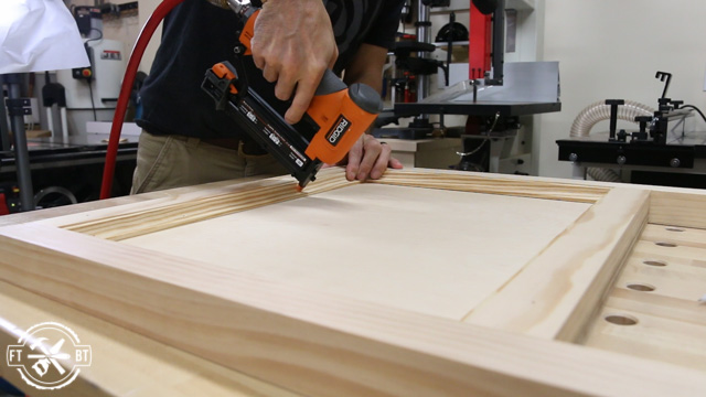 attaching cove molding to wood panel