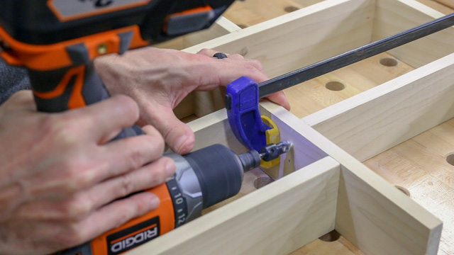 attaching wood pieces with screws