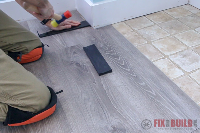 installing vinyl planks around corners