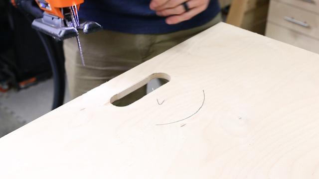 adding handle to table saw sled