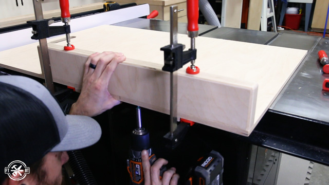 attaching fence to table saw sled