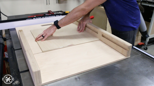 adjusting table saw sled