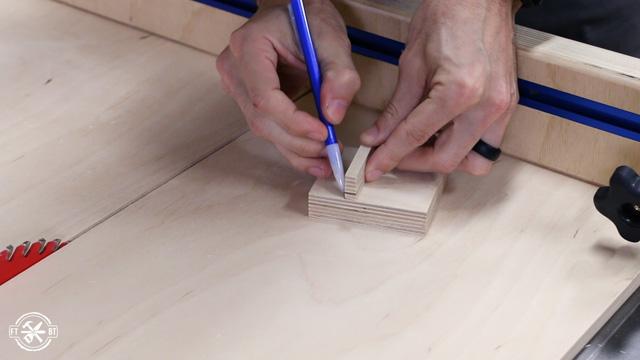 marking block for spline cut