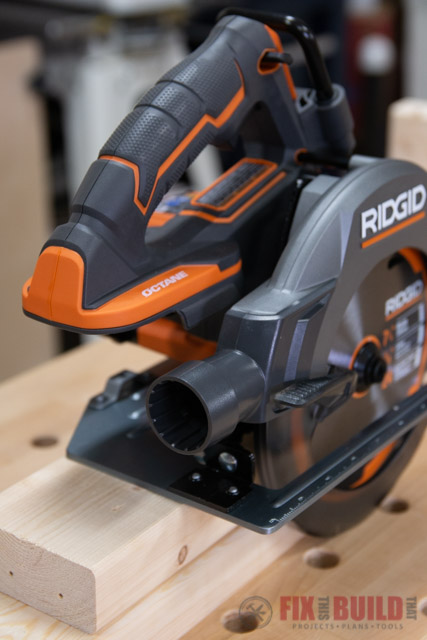 RIDGID octane circular saw dust port