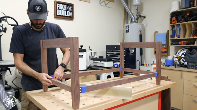 assembling sides of coffee table
