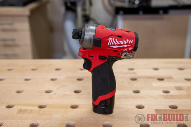 M12 FUEL SURGE 12-Volt Lithium-Ion Brushless Cordless 1/4 in. Hex Impact Driver Compact Kit