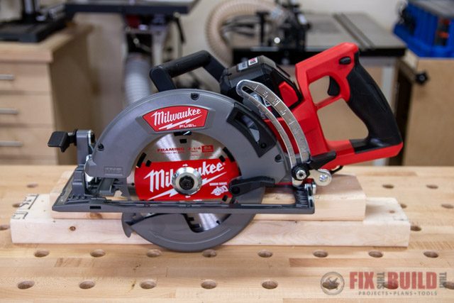 Milwaukee 18-Volt Cordless 7-1/4 in. Rear Handle Circular Saw