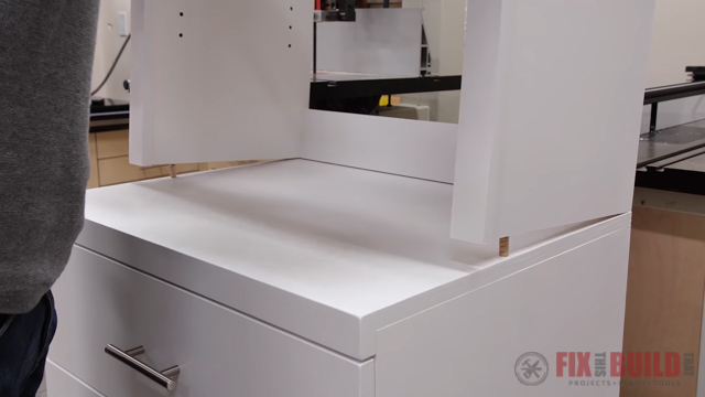 connecting hutch and cabinet base with dowel