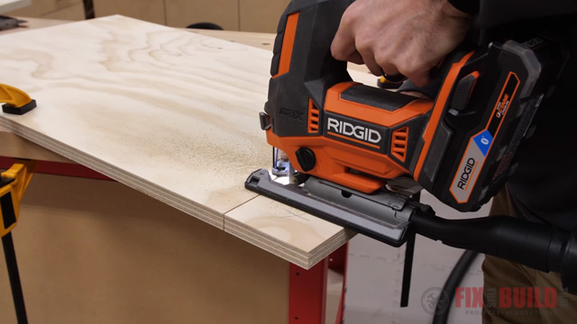 use jigsaw to cut out toe kick