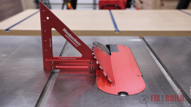 Using carpenters square to adjust table saw blade