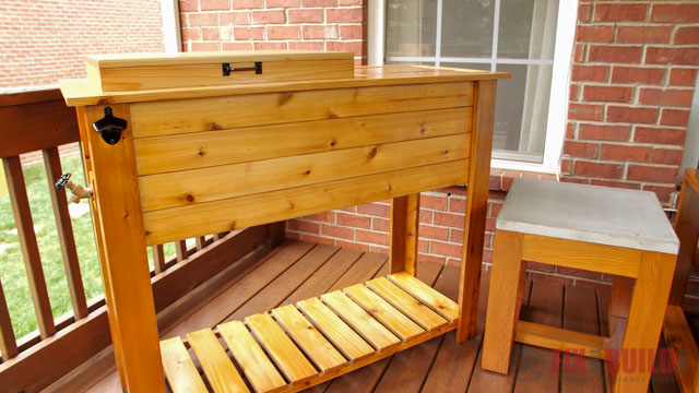 wooden outdoor furniture refinished