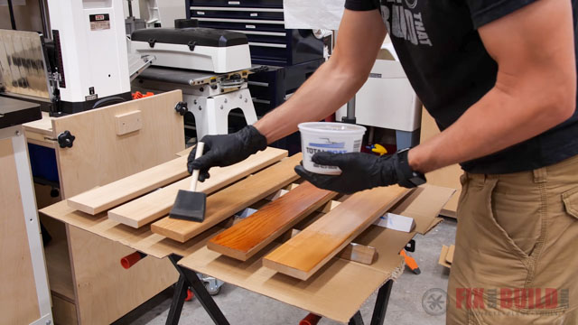 sealing wood with varnish