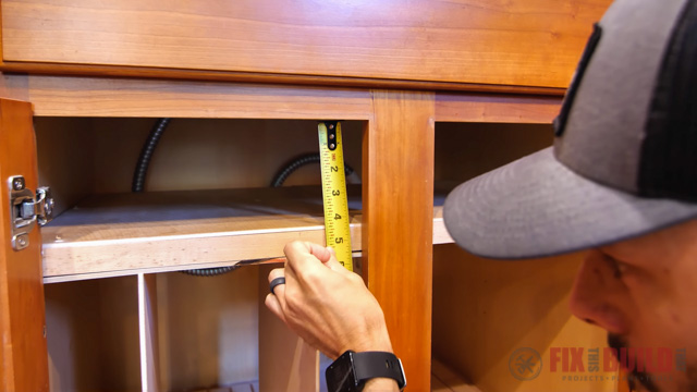 adjusting height of top frame