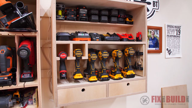 Drill charging station