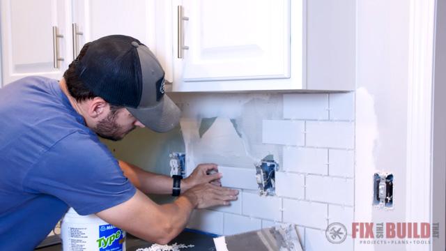 measuring tile for cut