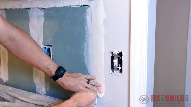 mudding drywall seam